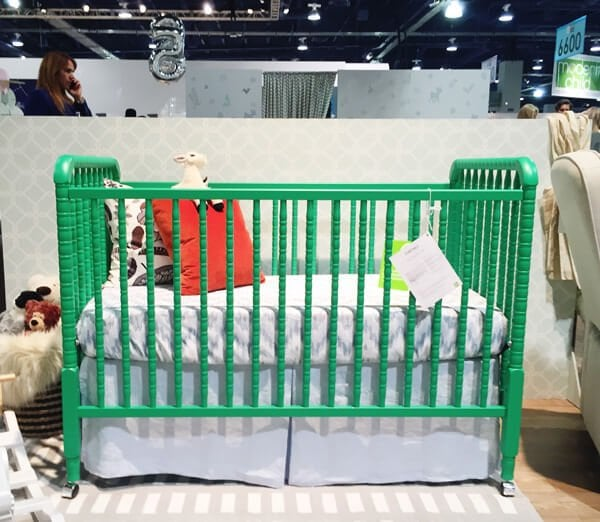 DaVinci Jenny Lind Convertible Crib | 25 Top Baby Products from the ABC Kids Expo