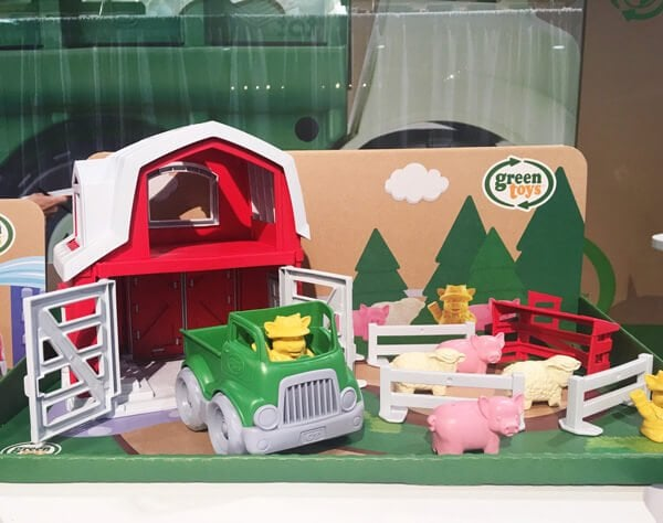 Green Toys Farm Playset | Top Baby Products for 2017 from the ABC Kids Expo
